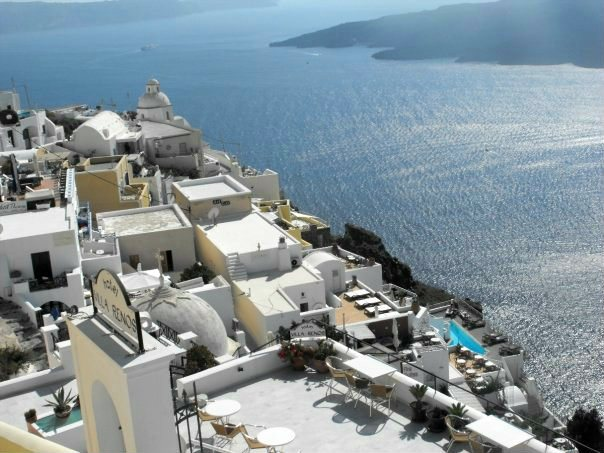5 Great Reasons to Visit Santorini